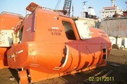 Спасательные шлюпки,  спускаемые механическими средствами.