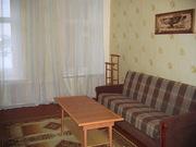 Уютная большая комната (18 м2) посуточно в центре Санкт-Петербурга метро Василеостровская