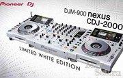 Белый Limited Edition 2 X Pioneer CDJ-2000 + Pioneer DJM-900 Nexus Mix