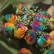 Радужные розы,  редчайшая экзотика.
